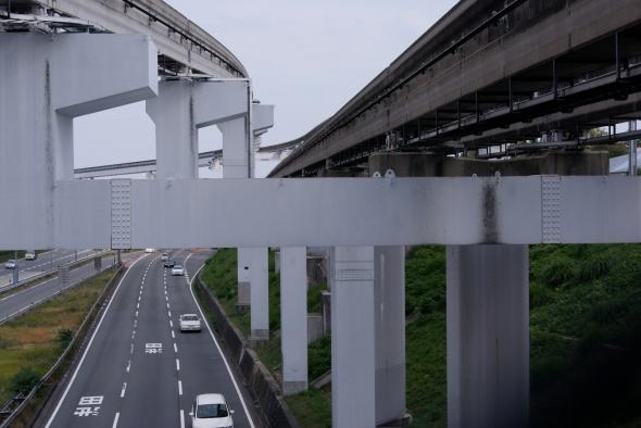 monorails et autoroute